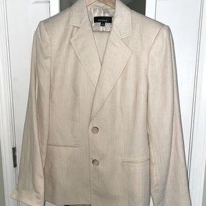 Jones Wear women blazer and pants